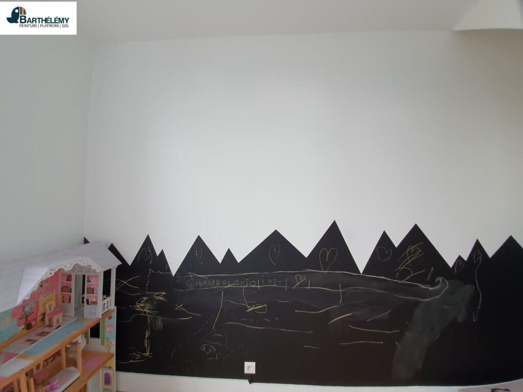 Traçage et peinture ardoise pour chambre d'enfant barthélémy pau
