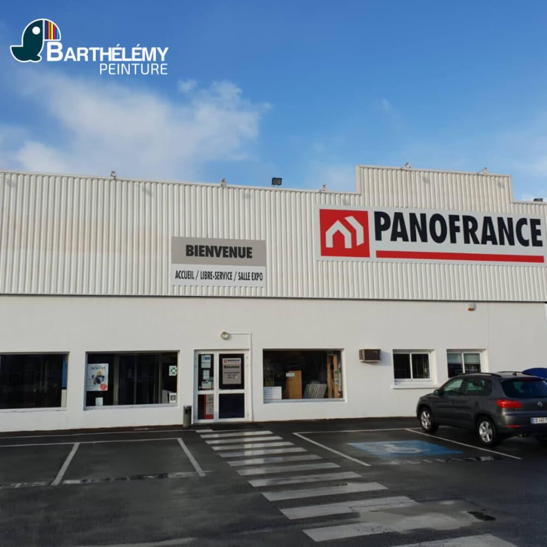 Nettoyage et peinture de la façade Panofrance par les peintres de l'entreprise de peinture Barthélémy